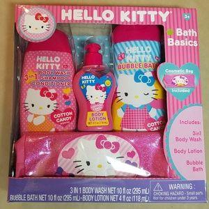 New HELLO KITTY Bath Basics Kit
